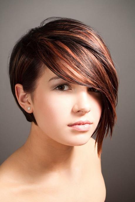 belle coupe de cheveux court pour femme