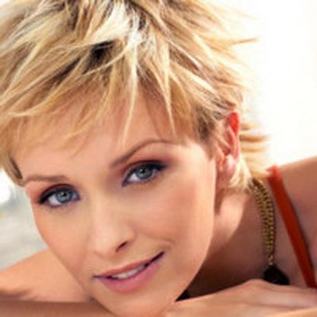 Cheveux court blond - Coupe courte blond cendre ...