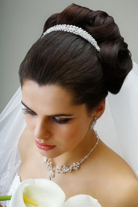 ... Tiare Pour Cheveux Longs Coiffure De Mariage Chignon  LONG HAIRSTYLES