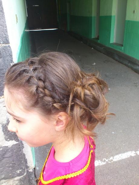 ... coiffure mariage petite fille coiffure petite fille mariage coiffure