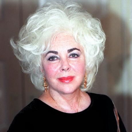 Coiffure cheveux blancs - Coupe courte cheveux blancs ...