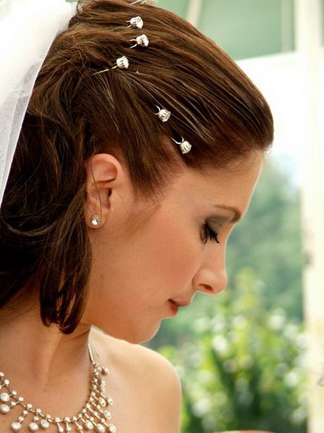 Coiffure de mariage cheveux mi long