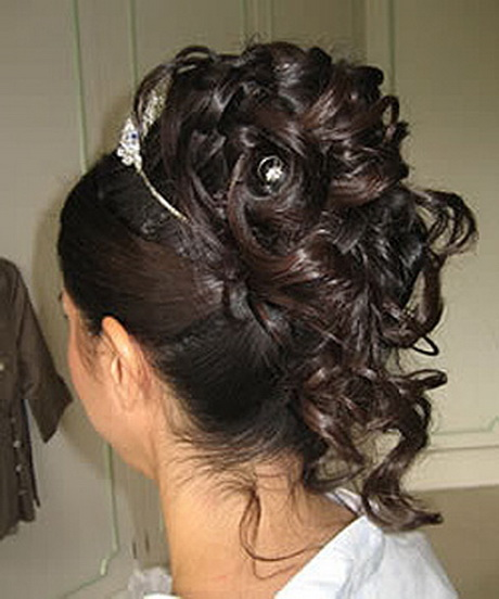 Chignon Boucle Mariage Pictures To Pin On Pinterest Tattooskid