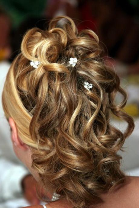 coiffure mariage cheveux longs boucles. Black Bedroom Furniture Sets. Home Design Ideas