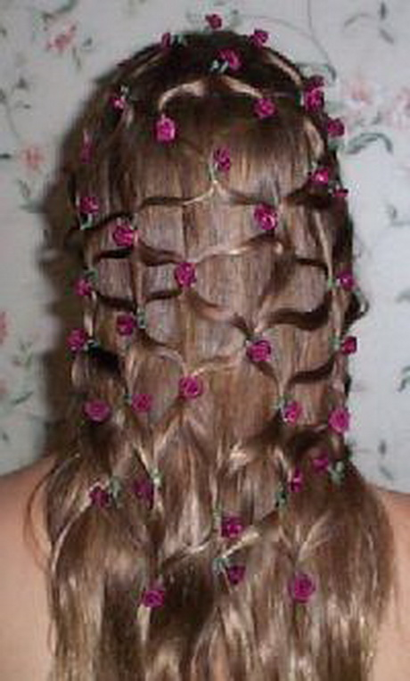 Coiffure petite fille mariage