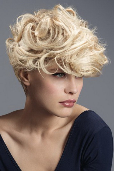 coupe cheveux courts ondul s