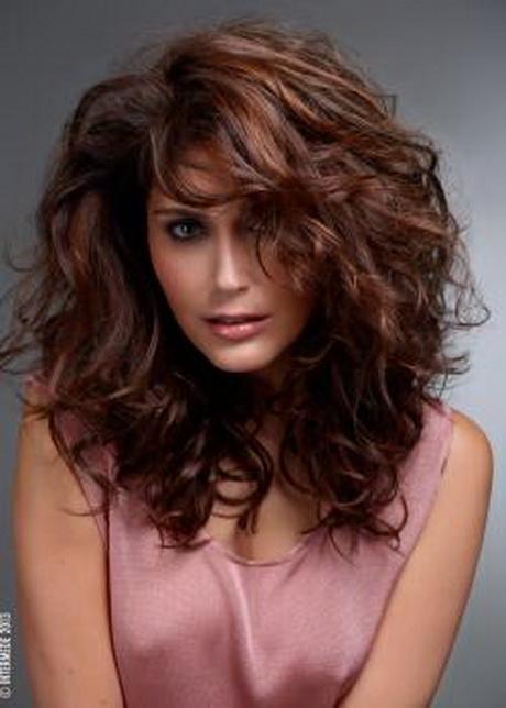 Coupe cheveux long fris femme for Coupe de cheveux italienne femme long