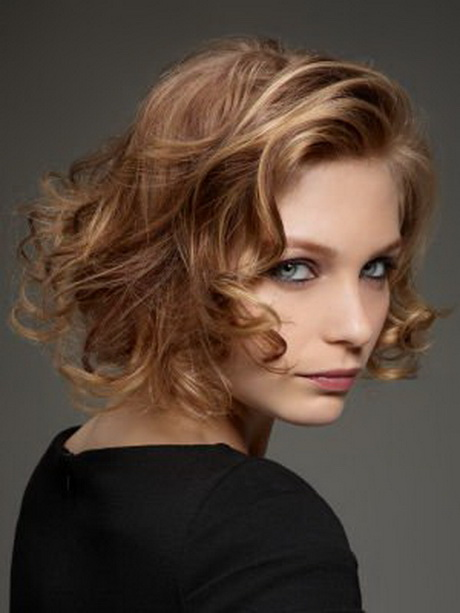 Coupe cheveux mode 2014 for Coupe cheveux evelyne dheliat 2014
