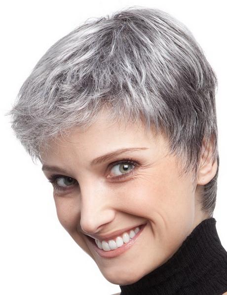 Coupe courte cheveux gris - Modele de coupe tres courte pour femme ...
