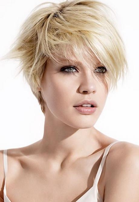 Coupe de cheveux d grad court femme for Coupe de cheveux test avec photo