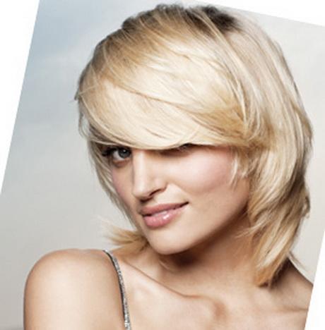Coupe de cheveux mi long pour visage rond - Visage rond quelle coupe ...