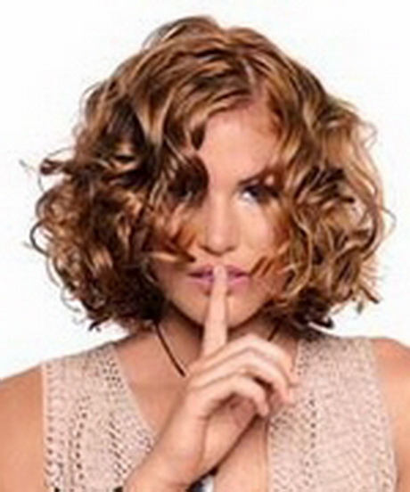 Coupe de cheveux ondul s femme for Coupe de cheveux femme fabio salsa