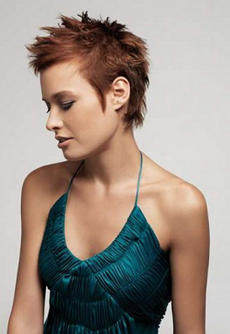 Mode cheveux courts 2014