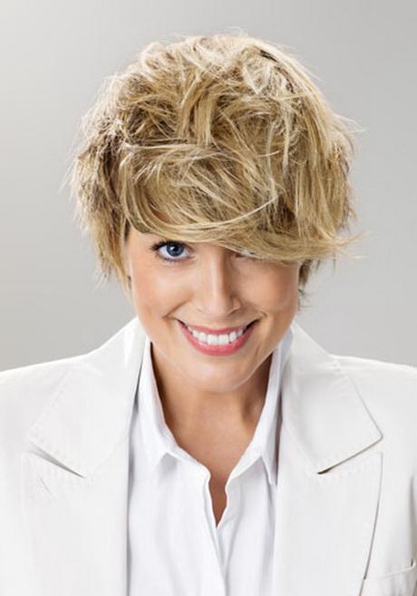 Modele coiffure courte femme 50 ans - Coupe courte femme 50 ans 2013 ...
