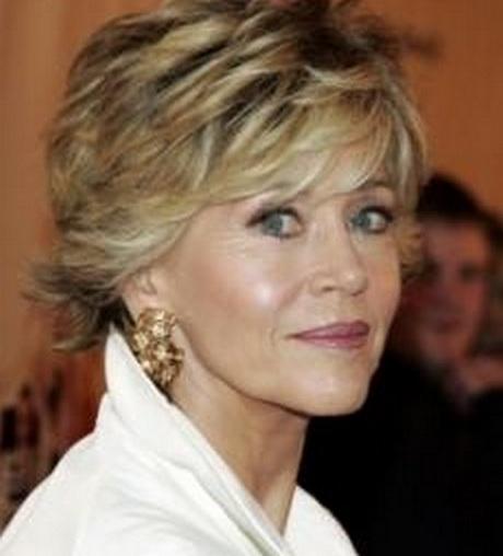 Modele de coiffure courte pour femme 50 ans - Coupe courte femme 50 ans 2013 ...