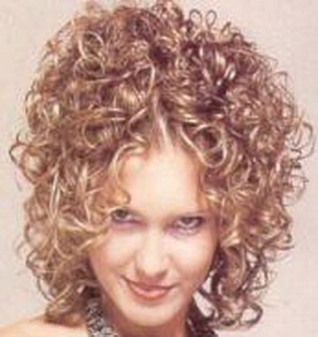Permanente cheveux courts