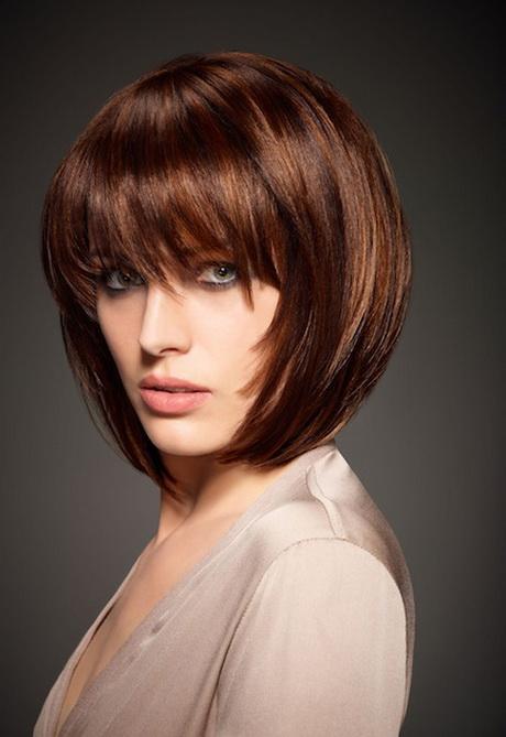 Modele de coiffure femme degrade - Coupe courte avec meche longue devant ...