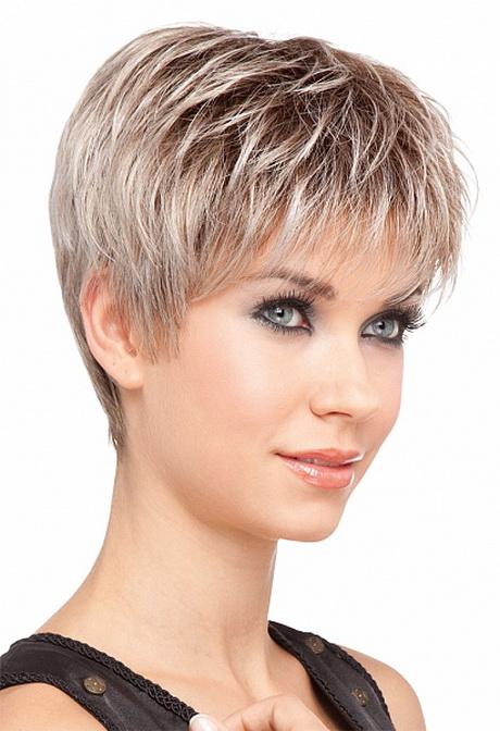 Modeles de coiffures courtes d grad es - Coupe destructuree courte ...