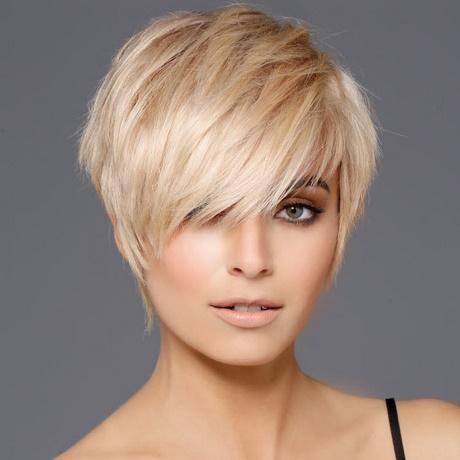 Nouvelles coupes de cheveux courts 2018