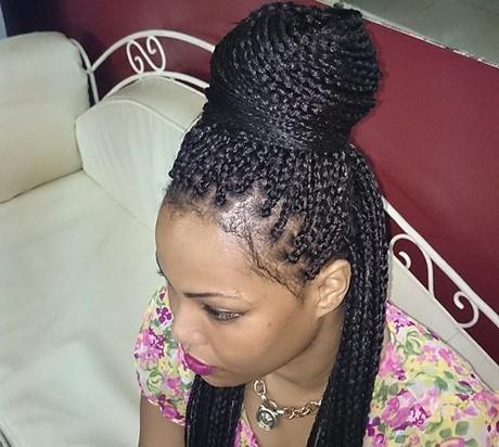 Coiffure tresse americaine for Salon coiffure africain