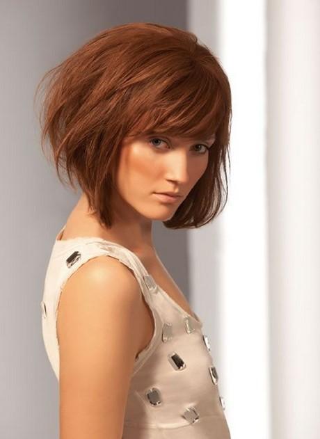 Coupe cheveux carre plongeant avec frange - Image carre plongeant ...