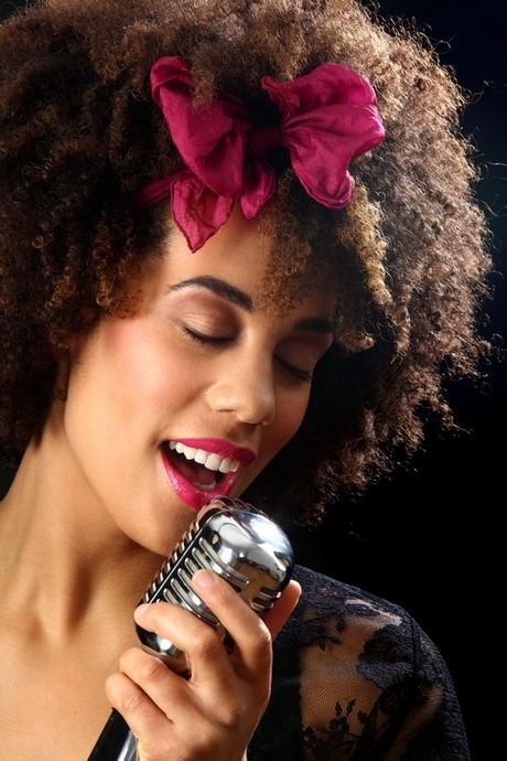Coiffure pour les cheveux cr pus for Coiffeur paris cheveux crepus afro coupe