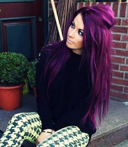 coloration cheveux violet. Black Bedroom Furniture Sets. Home Design Ideas
