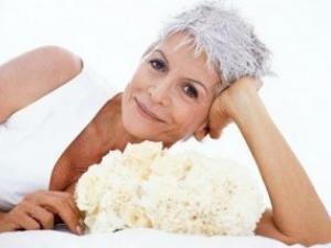 coiffure cheveux blancs femme. Black Bedroom Furniture Sets. Home Design Ideas