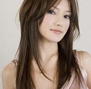 Coupe de cheveux visage rond cheveux épais