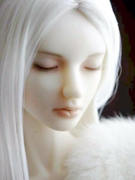 Femme Cheveux Blanc