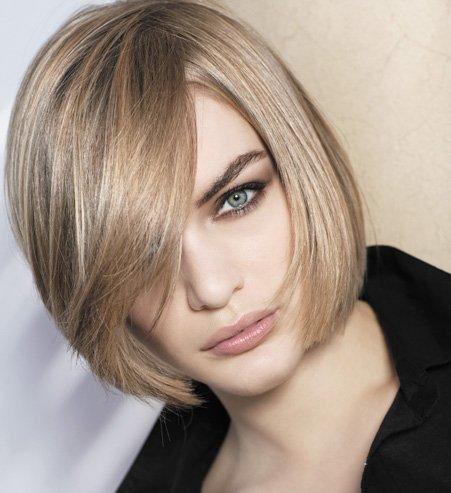 coupe de cheveux carr droit