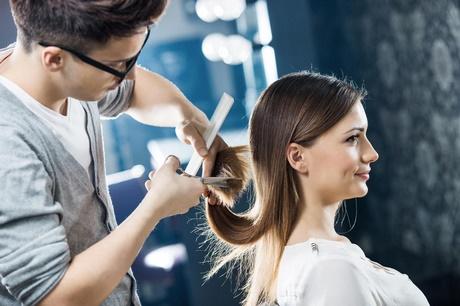 Coupe pour petit visage for Coupe de cheveux ideale grosse tete