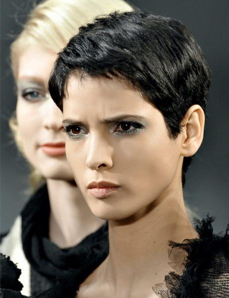 Modele coupe garconne pour femme - Modeles coupe courte femme ...