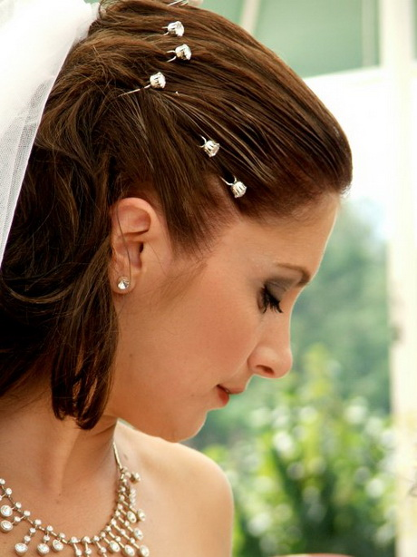 Coiffure mariage carre plongeant
