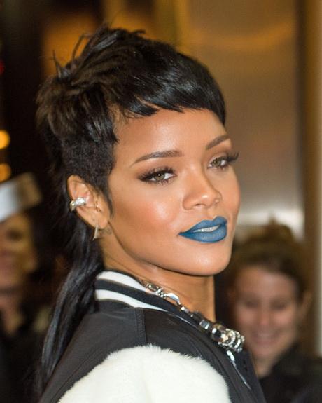 Rihanna coupe courte