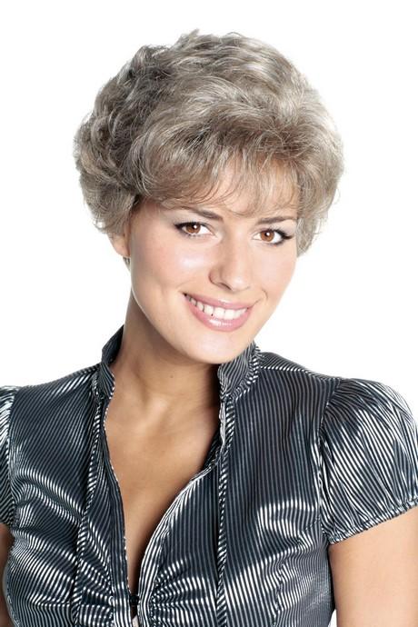 Modele permanente cheveux courts